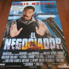 Cine: EL NEGOCIADOR - EDDIE MURPHY, MICHAEL RAPAPORT, CARMEN EJOGO - POSTER ORIGINAL BUENAVISTA 1997. Lote 235333805