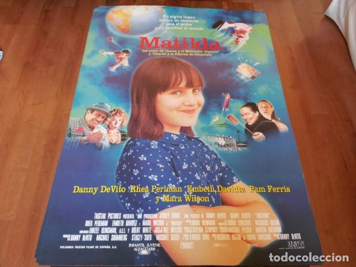 MATILDA - MARA WILSON, DANNY DEVITO, RHEA PERLMAN - POSTER ORIGINAL COLUMBIA 1996 (Cine - Posters y Carteles - Infantil)