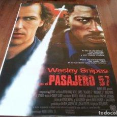 Cine: PASAJERO 57 - WESLEY SNIPES, BRUCE PAYNE, TOM SIZEMORE - POSTER ORIGINAL WARNER 1992. Lote 236010885