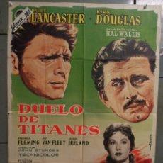 Cine: AAS95 DUELO DE TITANES BURT LANCASTER KIRK DOUGLAS ALBERICIO POSTER ORIGINAL 70X100 ESTRENO. Lote 236162135