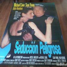 Cine: SEDUCCIÓN PELIGROSA - MICHAEL CAINE, SEAN YOUNG, BOB HOSKINS, IAN HOLM - POSTER ORIGINAL UNION 1992. Lote 236220105