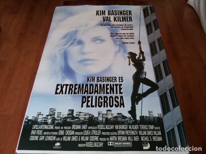 EXTREMADAMENTE PELIGROSA - KIM BASINGER, VAL KILMER, TERENCE STAMP - POSTER ORIGINAL UNION 1993 (Cine - Posters y Carteles - Acción)