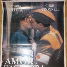 Cinéma: CARTEL DE CINE - EN EL AMOR Y LA GUERRA - 70X100 - 1996. Lote 236267315