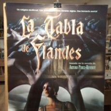 Cine: LA TABLA DE FLANDES - ARTURO PEREZ REVERTE - CARTEL DE CINE ORIGINAL 70X100. Lote 236273110