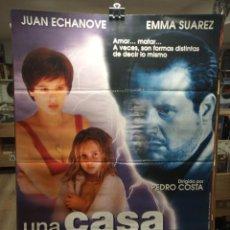 Cine: UNA CASA EN LAS AFUERAS - JUAN ECHANOVE - EMMA SUAREZ - CARTEL DE CINE ORIGINAL 70X100. Lote 236273425