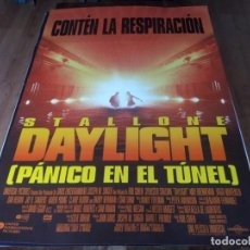 Cine: DAYLIGHT PÁNICO EN EL TÚNEL - SYLVESTER STALLONE, AMY BRENNEMAN - POSTER ORIGINAL U.I.P 1996. Lote 236623475