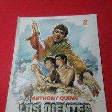 Cine: CARTEL DE CINE ,LOS DIENTES DEL DIABLO ,ANTHONY QUINN ,CARTEL DE EPOCA. Lote 236695690