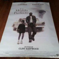 Cine: UN MUNDO PERFECTO - KEVIN COSTNER, CLINT EASTWOOD, LAURA DERN - POSTER ORIGINAL WARNER 1993. Lote 236761300