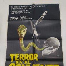 Cine: CARTEL DE LA PELICULA TERROR EN EL CONVENTO. FRANCK GARFEELD. STEFAN OBLOWSKY. TDKP22G. Lote 236830775