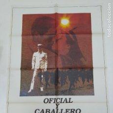 Cinema: CARTEL DE LA PELICULA OFICIAL Y CABALLERO. RICHARD GERE. DEBRA WINGER. TDKP22D. Lote 237016705
