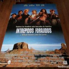 Cine: INTRÉPIDOS FORAJIDOS - EMILIO ESTÉVEZ, KIEFER SUTHERLAND,CHRISTIAN SLATER - POSTER ORIGINAL FOX 1990. Lote 237356570