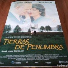 Cine: TIERRAS DE PENUMBRA - ANTHONY HOPKINS, DEBRA WINGER, JOSEPH MAZZELLO - POSTER ORIGINAL WARNER 1993. Lote 237367495