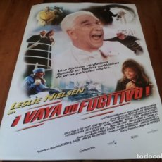 Cine: VAYA UN FUGITIVO! - LESLIE NIELSEN, RICHARD CRENNA, KELLY LEBROCK - POSTER ORIGINAL WARNER 1998. Lote 237554980