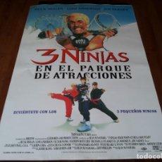 Cine: 3 NINJAS EN EL PARQUE DE ATRACCIONES - HULK HOGAN, LONI ANDERSON - POSTER ORIGINAL TRISTAR AÑO 1998. Lote 237565035