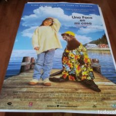 Cine: UNA FOCA EN MI CASA - TINA MAJORINO, KEITH CARRADINE, CHELSEA FIELD - POSTER ORIGINAL U.I.P 1994. Lote 238119610