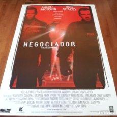 Cine: NEGOCIADOR - SAMUEL L. JACKSON, KEVIN SPACEY, DAVID MORSE - POSTER ORIGINAL WARNER 1998. Lote 238306425