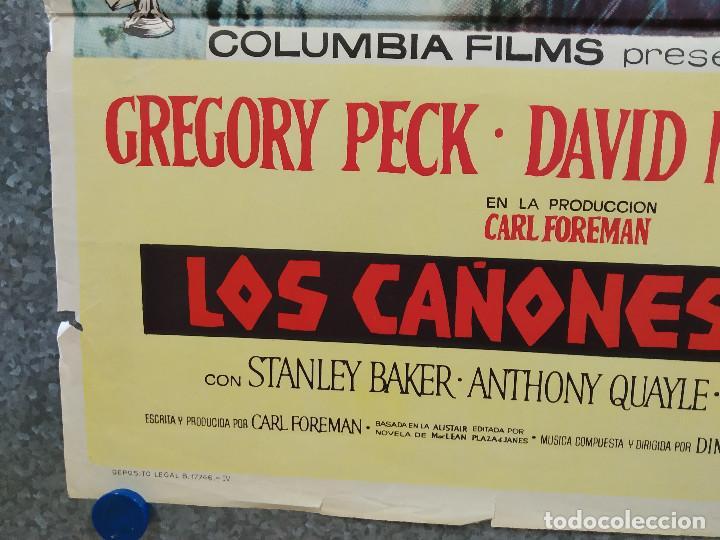 Cine: Los cañones de Navarone. Gregory Peck, David Niven, Richard Harris AÑO 1961. POSTER ORIGINAL ESTRENO - Foto 6 - 239461805