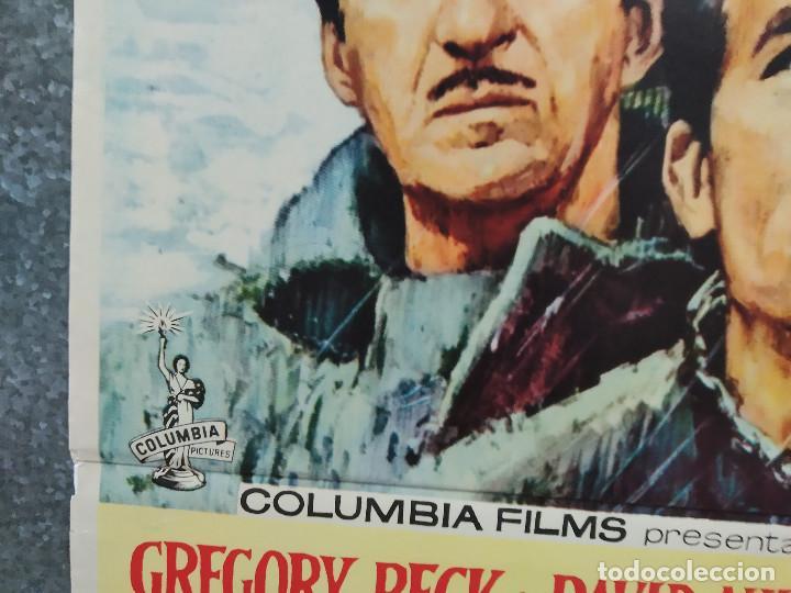 Cine: Los cañones de Navarone. Gregory Peck, David Niven, Richard Harris AÑO 1961. POSTER ORIGINAL ESTRENO - Foto 7 - 239461805