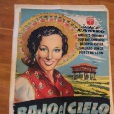 Cine: GRAN CARTEL DE CINE BAJO EL CIELO DE ASTURIAS ORIGINAL. Lote 240000640