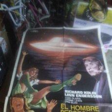 Cine: CARTEL CINE ORIG EL HOMBRE PERSEGUIDO POR UN OVNI (1976) 70X100 / JUAN CARLOS OLARIA. Lote 240418800