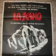 Cine: LA MANO 1982 MICHAEL CAINE CARTEL DE CINE 100 X 70 CM. POSTER TERROR. Lote 223324056