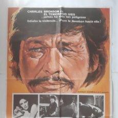 Cinema: ANTIGUO CARTEL CINE EL TEMENARIO IVES CHARLES BRONSON 1977 R301 RV. Lote 242425055