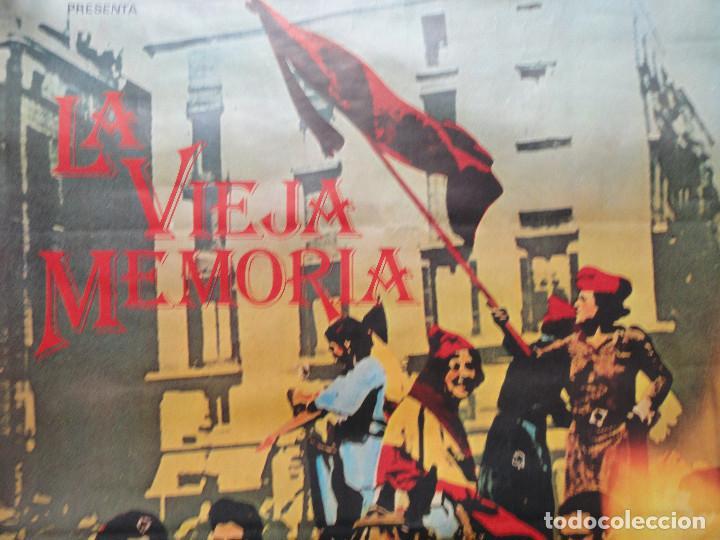 Cine: LA VIEJA MEMORIA - CARTEL de CINE - un film de JAIME CAMINO - Foto 2 - 243459370