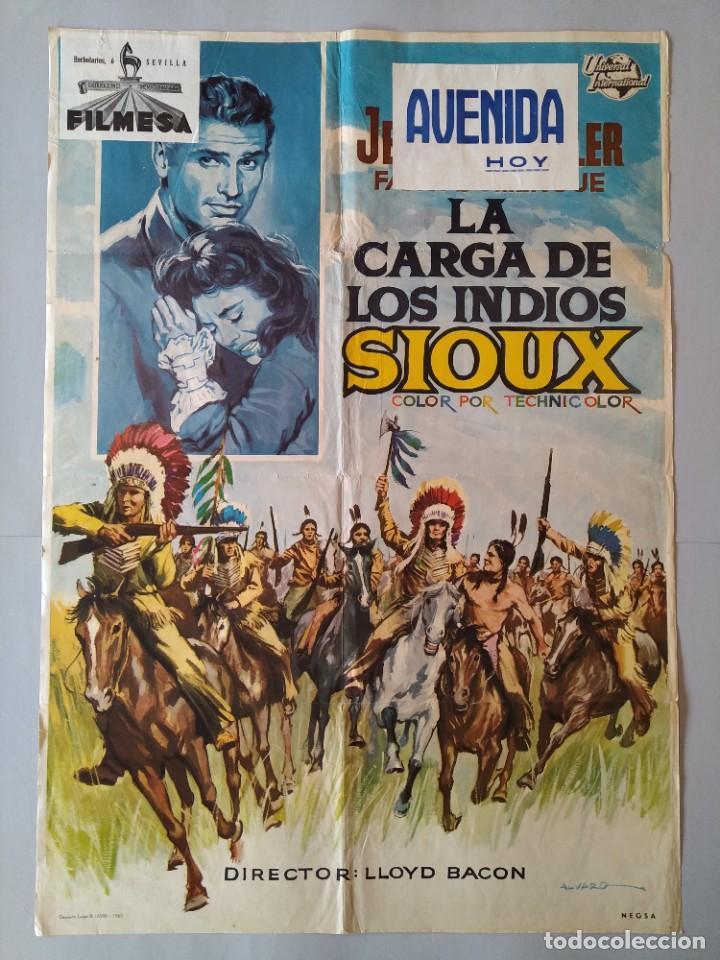 CARTEL CINE POSTER ORIGINAL - LA CARGA DE LOS INDIOS SIOUX - 1965 - DIB. ALVARO... L3426 (Cine - Posters y Carteles - Westerns)