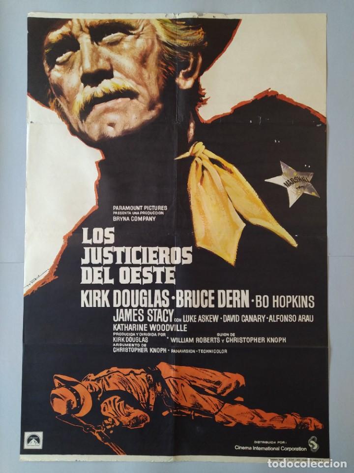 CARTEL CINE ORIGINAL - LOS JUSTICIEROS DEL OESTE - KIRK DOUGLAS - BRUCE DERN - 1975 MAC .. L3467 (Cine - Posters y Carteles - Westerns)