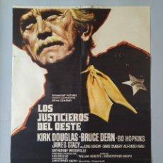 Cine: CARTEL CINE ORIGINAL - LOS JUSTICIEROS DEL OESTE - KIRK DOUGLAS - BRUCE DERN - 1975 MAC .. L3467. Lote 245908515