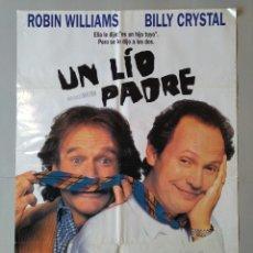 Cine: CARTEL CINE ORIGINAL - UN LIO PADRE - ROBIN WILLIAMS - BILLY CRYSTAL - AÑO 1997..L3496. Lote 246470180