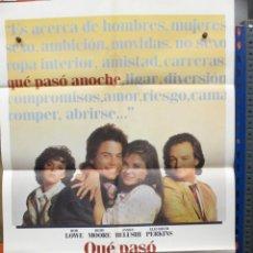 Cine: CARTEL ORIGINAL DE EPOCA - QUE PASO ANOCHE ? - DEMI MOORE - ROB LOWE. Lote 247083970