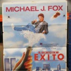 Cine: CARTEL ORIGINAL DE EPOCA - EL SECRETO DE MI EXITO - MICHAEL J FOX - 100 X 70. Lote 247166615