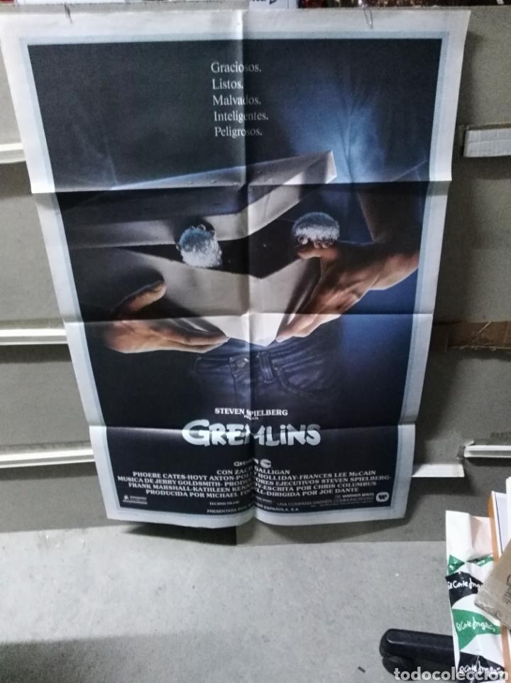 GREMLINS JOE DANTE SPIELBERG POSTER ORIGINAL 70X100 YY (2586) (Cine - Posters y Carteles - Infantil)