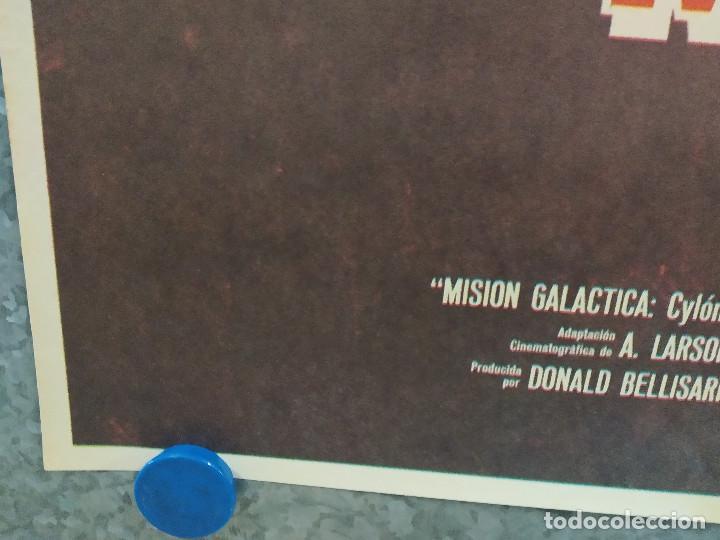 Cine: Misión Galáctica: Cylon ataca. Richard Hatch, Dirk Benedict, Lorne Greene AÑO 1979. POSTER ORIGINAL - Foto 5 - 253667225