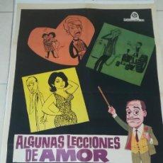 Cine: POSTER / CARTEL DE CINE ORIGINAL. ALGUNAS LECCIONES DE AMOR. JOSE LUIS LOPEZ VAZQUEZ. 100 X 70CM.. Lote 254821225