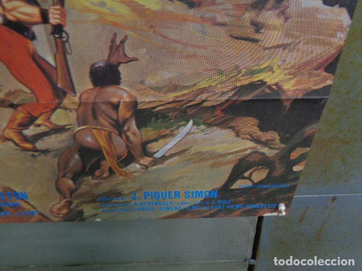 Cine: CDO K378 MISTERIO EN LA ISLA DE LOS MONSTRUOS JULIO VERNE PETER CUSHING POSTER ORIGINAL ESTRENO 70X1 - Foto 9 - 257470045