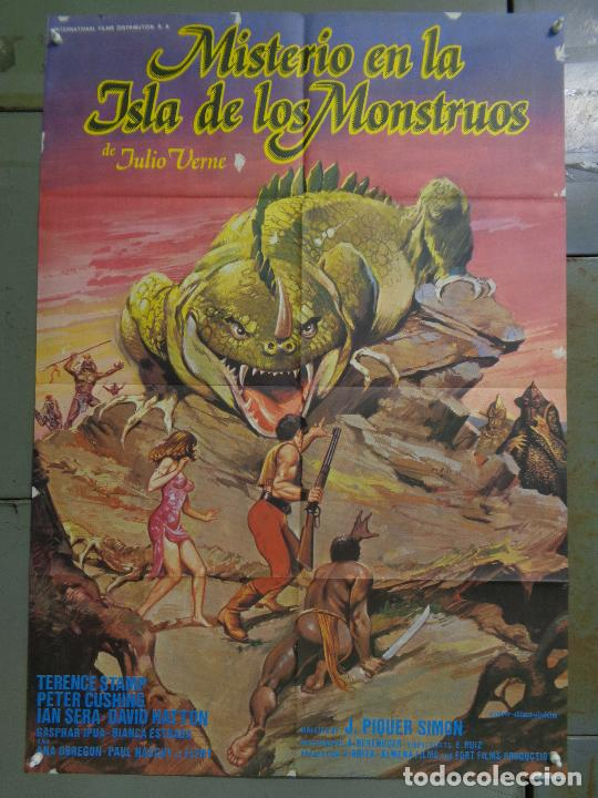 CDO K378 MISTERIO EN LA ISLA DE LOS MONSTRUOS JULIO VERNE PETER CUSHING POSTER ORIGINAL ESTRENO 70X1 (Cine - Posters y Carteles - Ciencia Ficción)