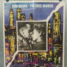 Cine: EN LA MITAD DE LA NOCHE. KIM NOVAK, FREDRIC MARCH. AÑO 1966. POSTER ORIGINAL. Lote 260669080