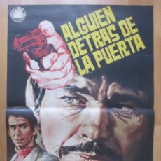 Cine: CARTEL CINE ALGUIEN DETRAS DE LA PUERTA CHARLES BRONSON ANTHONY PERKINS 1971 JANO C2044. Lote 261524620