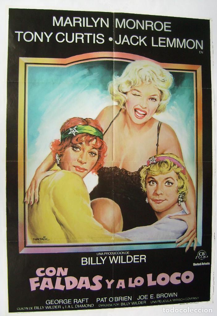 CON FALDAS Y A LO LOCO, CON MARILYN MONROE . POSTER. 66,5 X 96,5 CMS.1983, DISEÑO: MATAIX. (Cine - Posters y Carteles - Comedia)