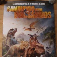 Cine: CAMINANDO ENTRE DINOSAURIOS - APROX 70X100 CARTEL ORIGINAL CINE (L68). Lote 263807560