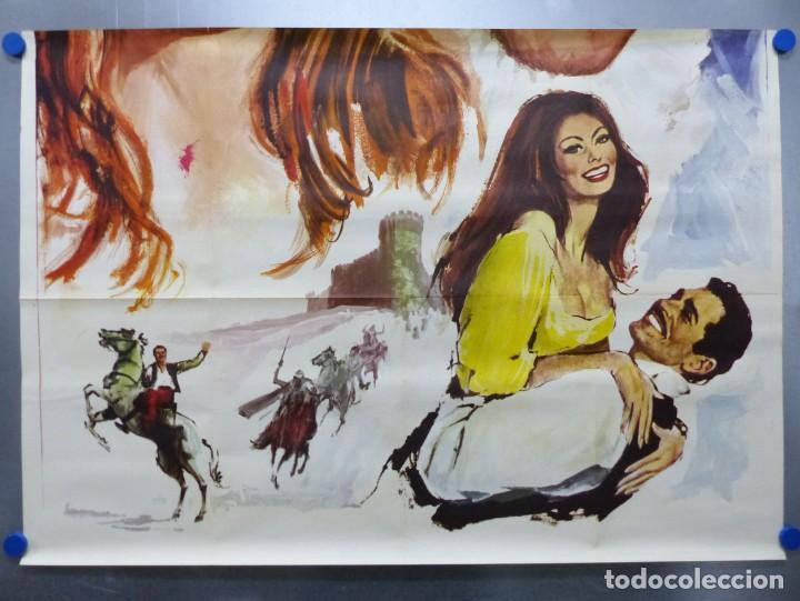 Cine: SIEMPRE HAY UNA MUJER - SOFIA LOREN, OMAR SHARIF - AÑO 1968 - CARTEL GRANDE EN TRES PIEZAS - Foto 4 - 264136635