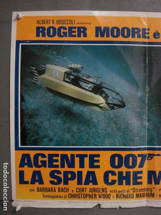 Cine: AAX69 LA ESPIA QUE ME AMO JAMES BOND 007 ROGER MOORE POSTER ORIGINAL ITALIANO 47X68 - Foto 2 - 265451614