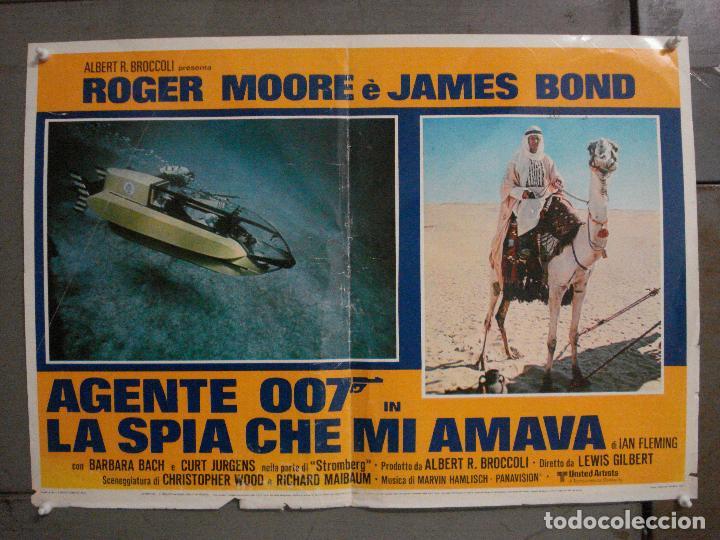 AAX69 LA ESPIA QUE ME AMO JAMES BOND 007 ROGER MOORE POSTER ORIGINAL ITALIANO 47X68 (Cine - Posters y Carteles - Acción)