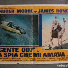 Cine: AAX69 LA ESPIA QUE ME AMO JAMES BOND 007 ROGER MOORE POSTER ORIGINAL ITALIANO 47X68. Lote 265451614