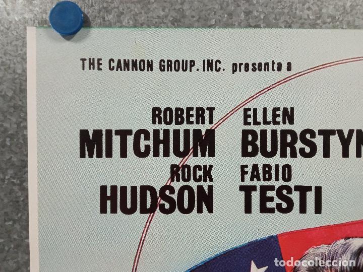 Cine: Embajador en Oriente Medio. Robert Mitchum, Rock Hudson. AÑO 1984. POSTER ORIGINAL - Foto 2 - 269948433