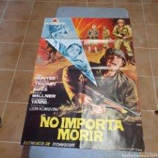 Cine: CARTEL ORIGINAL DE, NO IMPORTA MORIR, 97 X 67 CM, JANO, PLEGADO.. Lote 270254313