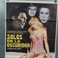 Cine: SOLOS EN LA OSCURIDAD. JACK PALANCE, ELIZABETH WARD, DONALD PLEASENCE. SLASHER. POSTER ORIGINAL. Lote 271156598