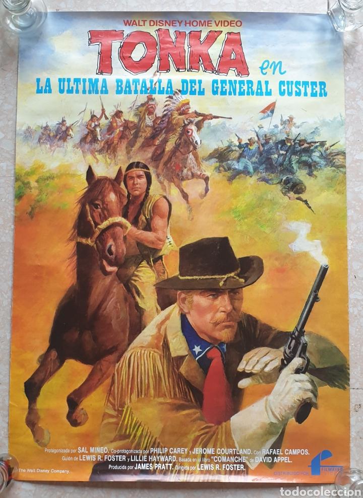 CARTEL PELÍCULA WALT DISNEY TONKA EN LA ÚLTIMA BATALLA DEL GENERAL CUSTER FILMAYER VIDEO 68 X 48 CM. (Cine - Posters y Carteles - Westerns)